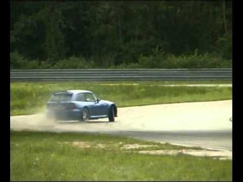 BMWの魅力はコントロール性能!?