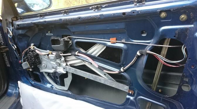 E36 M3 パワーウィンドウ修理
