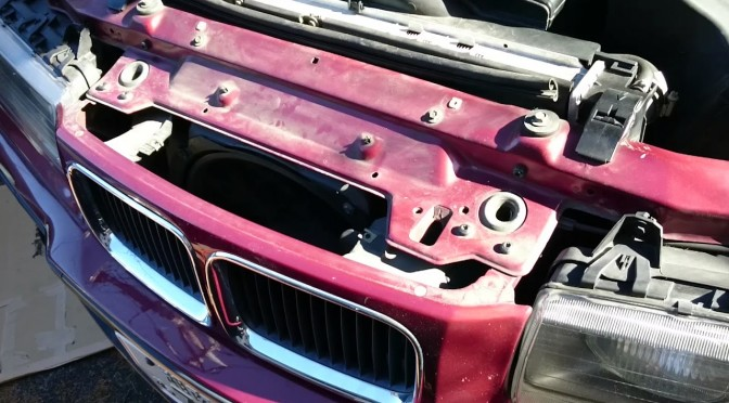 E36 325i Cabrioret 電動ファン修理 「修理した電動ファンを取り付けて完成」