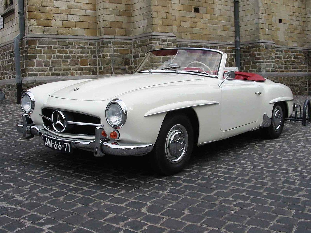 1280px-Mercedes_R121_190SL_(1960)_lVA_100kb